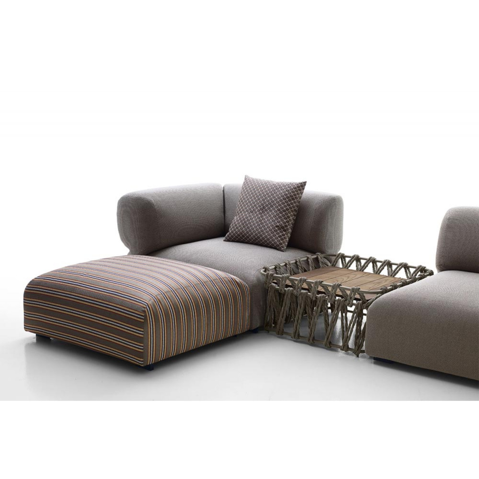 B&B Italia Butterfly Outdoor Loungegruppe